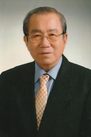 '나의 갈길 다 가도록'의 저자 김정웅 목사